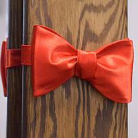 Классическая мужская красная галстук-бабочка