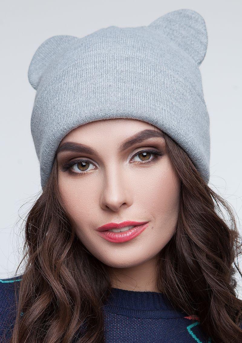 Теплая женская шапка с ушками кошки Серый