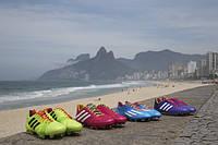 Яркая линейка Samba — специально к чемпионату мира в Бразилии.