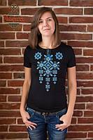 Жіноча вишита футболка Писанка синя