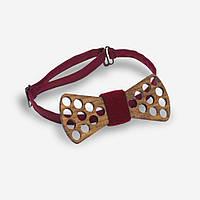 Bow Tie House™ Бабочка деревянная в отверстиях с вишневой серединкой