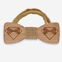 Bow Tie House™ Деревянная бабочка с логотипом Bow Tie House с серединкой из мешковины