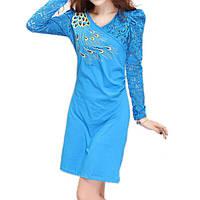 Синее вечернее платье с вышивкой и кружевом