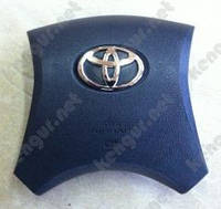 Заглушка в руль Toyota Corolla (2008 г.в.)