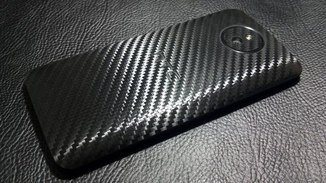 """Декоративна захисна плівка для HTC Desire 609D """"карбон чорний"""""""