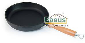 Сковорода чавунна 220х40мм з дерев'яною ручкою, посуд чавунна Эколит (Україна) 2240ДР