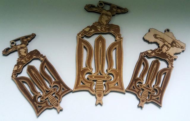 Изделия из фанеры, сувениры (брелки, подставки, шкатулки, игрушки)