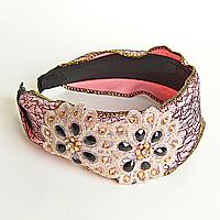 Обруч для волос обтянут розовой тканью с аппликацией цветы, украшен стразами, 12см