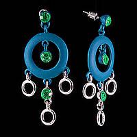 """Серьги-пусеты-подвески с зелеными стразами, большими синими кольцами\под """"серебро"""" 55*25мм"""