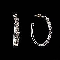 Серьги-гвоздики Обручи с мелким цветочным декором, украшенным стразами\ металл под серебро\ 20*8мм
