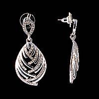 Серьги-пусеты  с подвеской Капля, белые стразы, металл под серебро, 5см