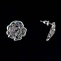 Серьги-пусеты Розы с цветными стразами, металл под серебро, 2см