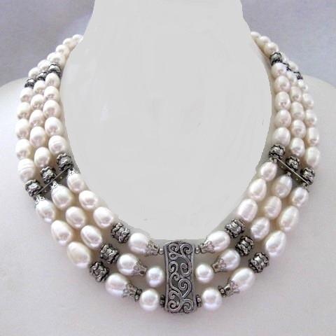 """Кольє, сережки """"Афродіта"""" - білий перли."""