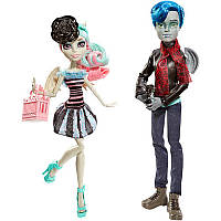 Набор кукол Рошель Гойл и Гарротт дю Рок Любовь в городе Страхов / Rochelle Goyle & Garrott du Roque Love in S