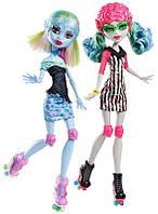 Набор кукол Эбби и Гулия Убойный Роликовый Лабиринт / Abbey & Ghoulia Skultimate Roller Maze