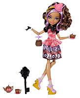 Кукла Сидар Вуд Шляпная вечеринка / Cedar Wood Hat-Tastic Party