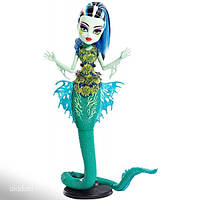 """Monster High """"Gread Scarrier ReefMonster High Great Scarrier Ref Glowsome Ghoulfish Frankie Stein D"""" (Matell)"""