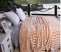Плед-покрывало норка персиковая