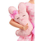 Колекційна лялька Барбі з зайчиком - Barbie Collector it's A Girl, фото 3