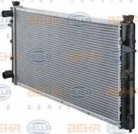 Радиатор системы охлаждения Volkswagen T4 (355 мм) HELLA 8MK376714-481