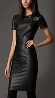 Короткое приталенное платье с короткими рукавами из мягкой эко кожи