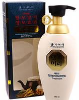 Минеральный кондиционер на основе целебных трав Daeng Gi Meo Ri Mineral Herbal Treatment 500 ml