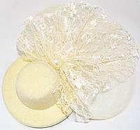 Шляпка с жемчужиной (бежевая)