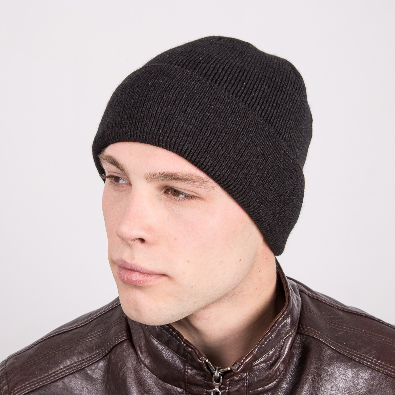 Вязаная мужская зимняя шапка  - Артикул m17