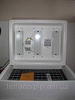 Инкубатор Несушка БИ-1 под 12 V на 104 яйца автоматическим переворотом и резервным питанием с цифровым терм.