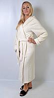 Жіночий  махровий  довгий  халат  з  капюшоном