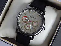 Мужские (женские) кварцевые наручные часы Vacheron Constantin на кожаном ремешке с серебристым циферблатом