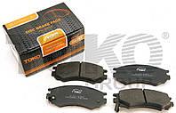 Передние тормозные колодки Nissan Primera P10 1.6 2.0D  06.90-01.96