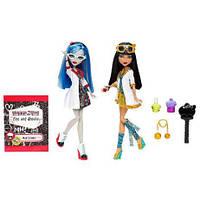Набор Безумная наука  Монстер хай  Monster High  Cleo De Nile   Клео де Нил и Ghoulia Yelps Гулия Йелпс