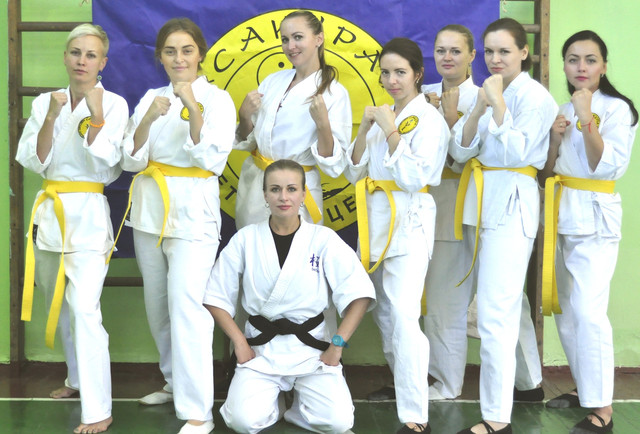 """Представляем Вам еще один проект, успешно реализуемый Днепропетровской федерацией спортивных единоборств """"Сакура"""" - так, называемый """" Женский проект""""."""