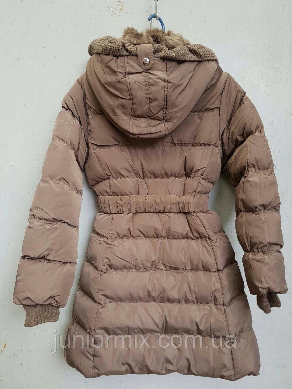 4a0d80d3ad82 Куртка зимняя на девочку под пояс TYK.