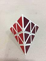 Игрушка кубик рубика, треугольник