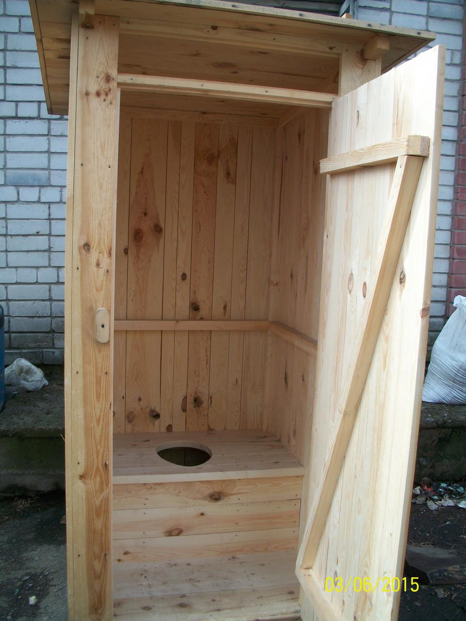 Туалетная кабина деревянная для дачи с сидением
