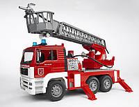 Игрушка Bruder Пожарный грузовик с лестницей М1:16 (02771)