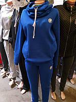 Женский спортивный теплый костюм