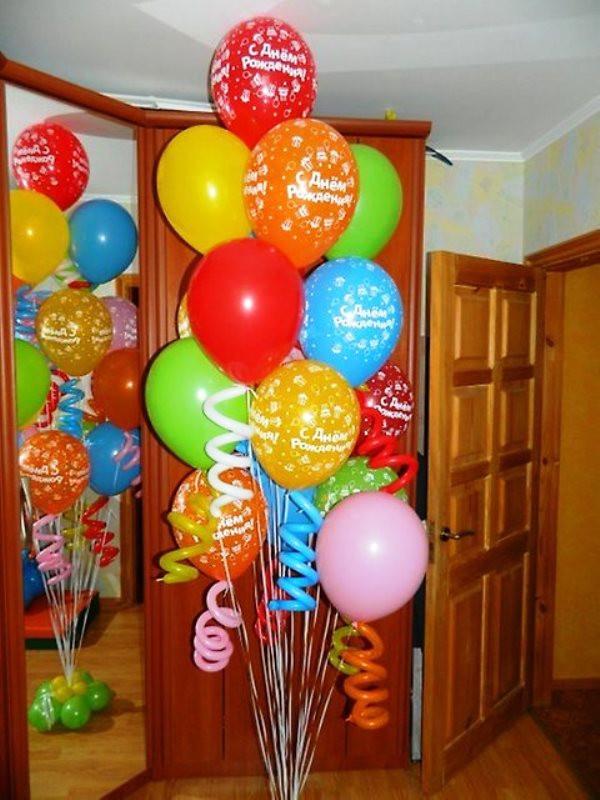 стойка из шаров на день рождения