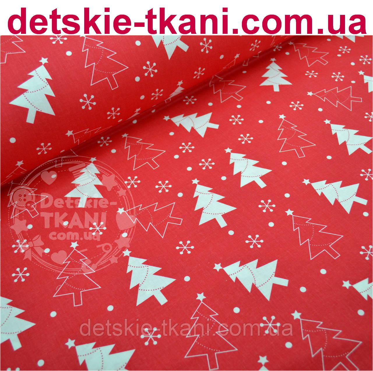 Новогодняя ткань красного цвета с ёлками № 458а