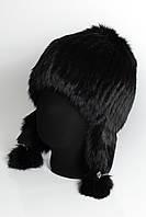 Меховая шапка на вязаной основе с ушами