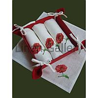 """Комплект подарунковий """"Маки"""" (цукерниця + 4 серветки)"""