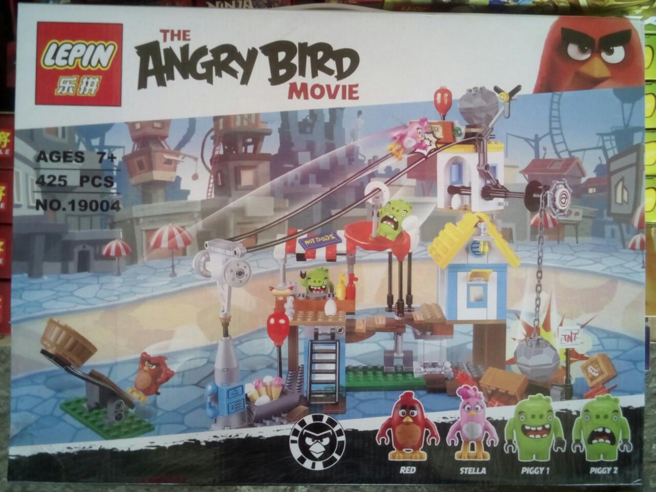 """Конструктор Angry Birds """"Разгром Свинограда"""""""
