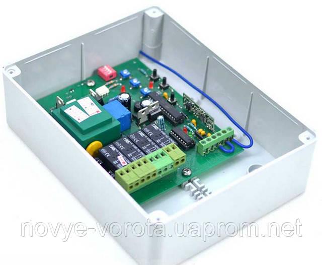 Блок управления Logic со встроенным радиоприемником