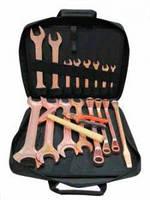 Набор искробезопасного инструмента КІВБ-18 ОМ (8-46, 18 ед.)омеднённого