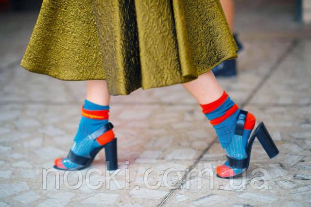 Женские носки: с чем носить
