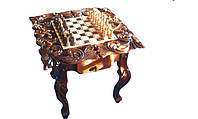 Шахматный стол резной