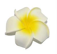 Цветок Плюмерия Желто-белый из фоамирана (латекса) 6 см 1 шт