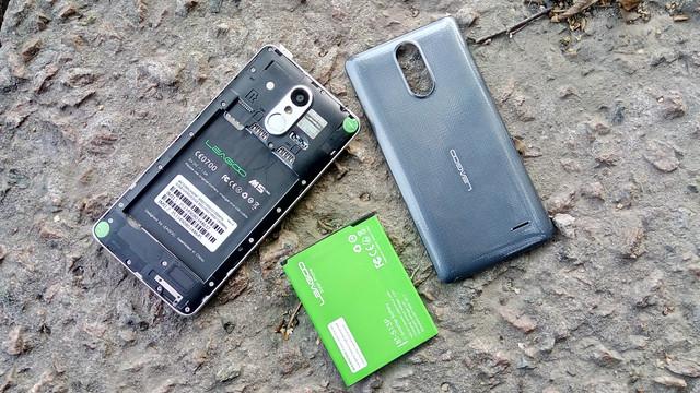 ударопрочный смартфон